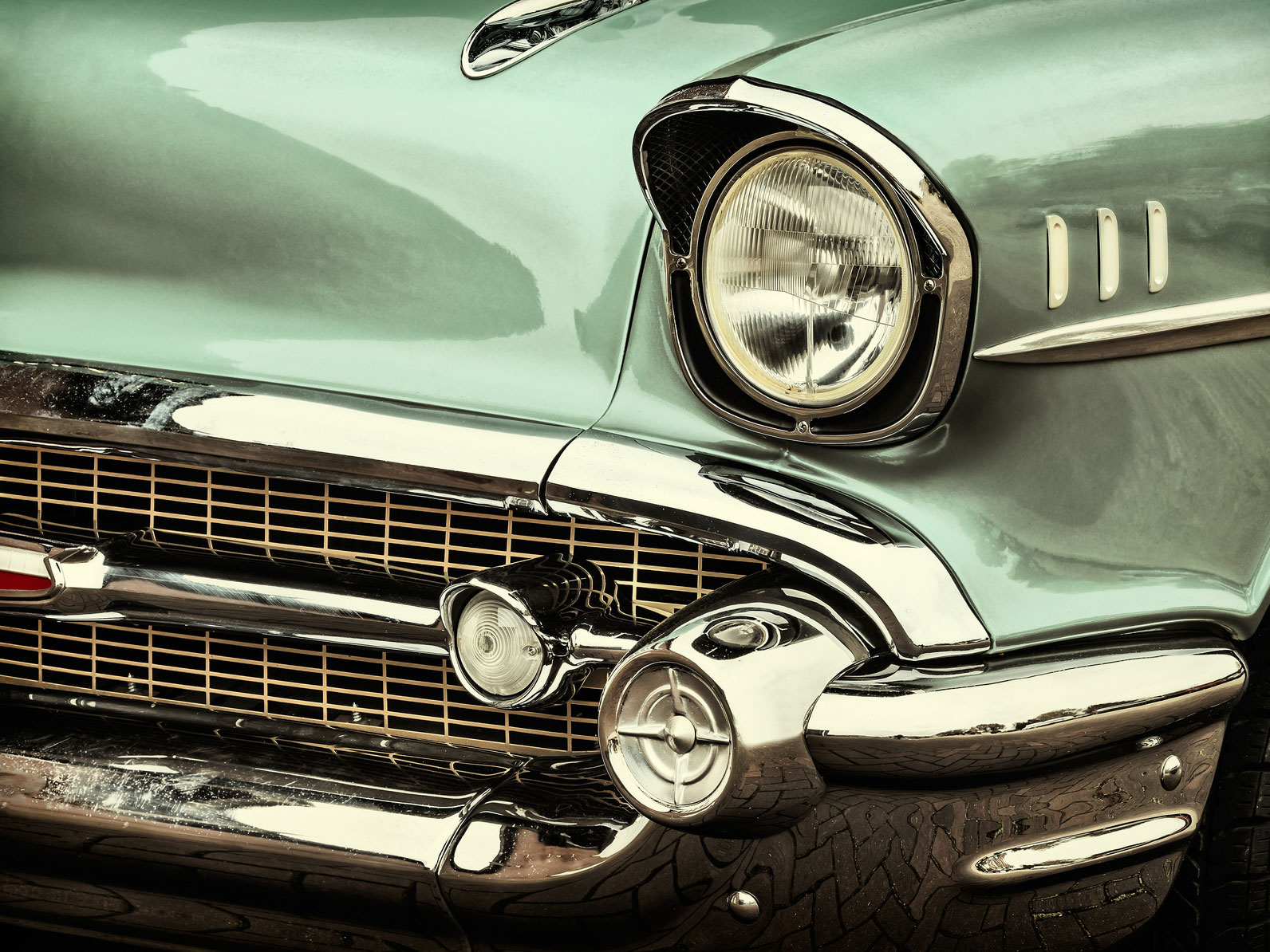 Maintaining your antique car Orland park IL