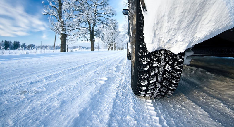 Driving Habits to Avoid This Winter